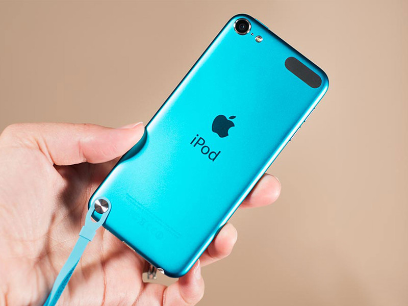 ipod touch blue back hero