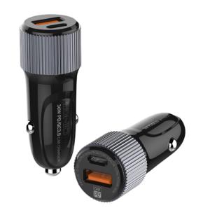 Auto punjac LDNIO C510Q sa iPhone lightning kablom